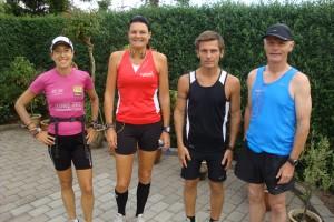 Tracy Høeg, Annette Fredskov, Karsten Waldorff Nielsen & Preben Poulsen Klar til start kl. 7.30, Fredskov Marathon, Løb nr. 38 - 366/365