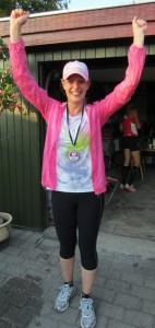 Maria Weisbjerg glad i mål efter marathon nr. 5.