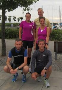 Vi var seks, der løb fem på stribe. Bagerst: Annette Fredskov, Jerk W. Langer, Henriette Lisse. Forrest: Ulrik Pihl, Karsten Waldorff Nielsen. På billedet mangler Tony Gren.