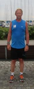 Tony Gren fra Sverige løb også fem på stribe. Normalt løber Susanne Gren, Tonys kone, også marathon, men denne gang har hun været depotpasser på grund af en skade.