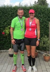 Fødselar Ulrik Pihl fejrede sin fødselsdag med et marathon :-) Her med Annette Fredskov efter 42,2 km.