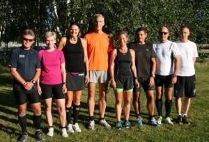 Klar til start. Ulrik Bruun, Lene Bruun, Annette Fredskov, Jerk W. Langer, Henriette Lisse, Hans Jørgensen, Carsten Dahl, Carsten Jensen