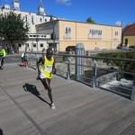 Luka Kipkemboi Chelimo fra Kenya kom i mål efter 2.10.37. På det tidspunkt var vi ikke engang halvvejs :-)
