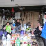 Hygge i garagen efter 42,2 km :-)
